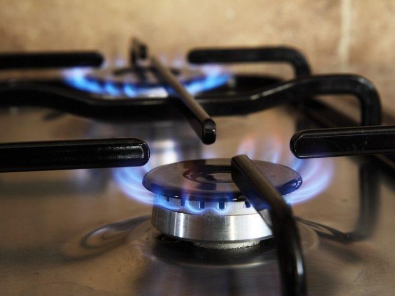 DICAS – Como limpar o fogão e o forno!